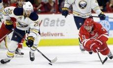 Girgensons un 'Sabres' trešo reizi sezonā zaudē 'Hurricanes' hokejistiem