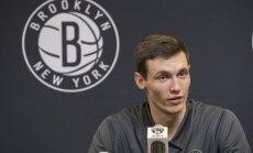 Kurucs ar 11 punktiem sekmē 'Nets' uzvaru pār 'Knicks'
