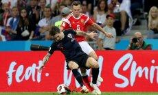 Horvātijas izlasei PK pusfinālā nepalīdzēs aizsargs Vrsaļko