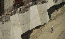 Spāņu būvnieki vienojas ar Panamas kanāla administrāciju un atsāk celtniecību