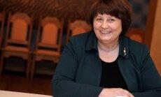 Straujuma partijām piedāvā portfeļu sadalījumu; vēlas jaunu ministra amatu