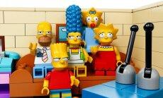 'Lego' un 'Fox' panāk vienošanos: taps rotaļlietas ar Simpsonu tēliem