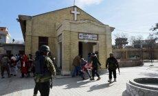 Foto: Pašnāvnieks-spridzinātājs Pakistānas baznīcā nogalina vismaz astoņus