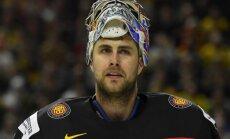 Viena 'laika' dēļ Vācijas hokeja izlases vārtsargu Graisu var izslēgt no olimpiskās vienības
