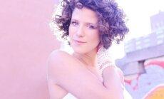 Dzintaros muzicēs franču džeza dziedātāja no Ņujorkas Sirila Emē