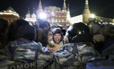 Analītiķi paredz Krievijas ieslīgšanu 'revolucionārā haosā'