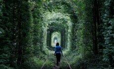 Video: Ukrainas Mīlas tuneļa neparastais stāsts