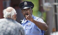 Laikraksts: ASV policija ik dienas nošauj divus cilvēkus