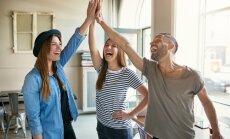 Ученые рассказали, почему стоит дружить с коллегами по работе