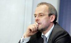 NA dusmīgi uz finanšu konsultantu 'Prudentia'; uzskata, ka kompānija zaudējusi reputāciju