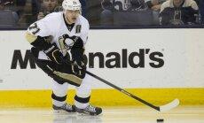 Malkina 'hat-trick' ieved 'Penguins' Stenlija kausa nākamajā kārtā