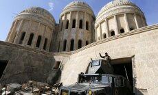 Irākieši atgūst Mosulas austrumus; 'Daesh' sašķeļ ielenkto Deir ez Zoru