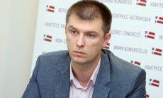 Par 'Nepārstāvēto parlamenta' priekšsēdētāju ievēlēts uzņēmējs Valērijs Komarovs