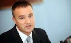 Apspriež termiņu noteikšanu Valsts prezidenta tiesībām rosināt Saeimas atlaišanu