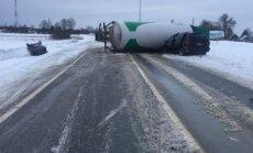 Atjaunota satiksme uz Ventspils šosejas pie Pūres