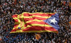 Spānijas tiesa aptur Katalonijas rezolūciju par neatkarības referenduma rīkošanu