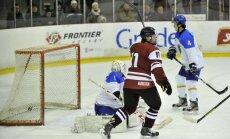 'Sharks' paraksta līgumu ar latviešu hokejistu Balceru