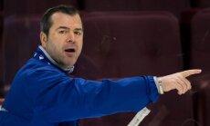Vankūveras 'Canucks' atlaiž trenerus