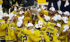 Zviedrijas hokejisti gāž Kanādu no pasaules čempionu troņa