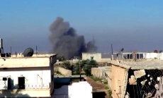 Video: Kā Krievija miera līguma ietvaros turpina bombardēt Sīriju