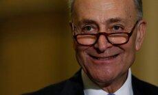 ASV Senāta demokrātu līderis mudina Krievijai noteikt vēl stingrākas sankcijas