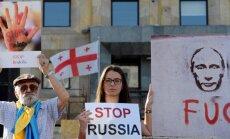 'Apturiet Krieviju': Gruzijā protestē pret Maskavas politiku