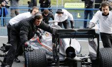 Saasinās 'McLaren' un 'Honda' attiecības; F-1 komanda pieprasa no partneriem progresu