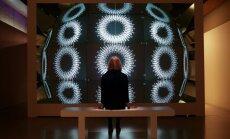 Foto: Ieskats Londonas dizaina biennālē, kur Latvija tika pie zelta medaļas