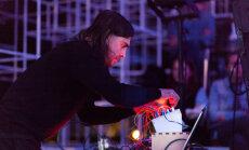 'Autechre' koncertu Rīgā ievadīs trokšņu mūziķis Rasels Hasvels
