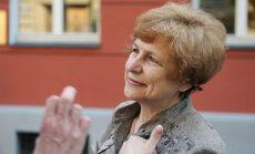 Latvijas lēmums iekļaut trīs Krievijas mūziķus nevēlamo sarakstā ir bērnišķīgs, pārliecināta Ždanoka