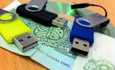 Zibatmiņām grib noteikt datu nesēju nodevu – 4% no cenas; par nodevu datoriem vēl lems