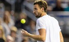 Lietusgāžu dēļ Gulbja Gštādes ATP turnīra pirmās kārtas mačs pārcelts uz trešdienu