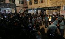Bangladešā par kara noziegumiem pakar opozīcijas līderus