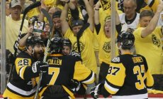 'Penguins' atgūstas pēc izlaista trīs 'golu' pārsvara un ar uzvaru sāk Stenlija kausa finālu