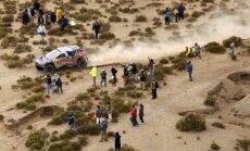 Dakaras rallija sestais ātrumposms: avārijas, lūzumi un līderu maiņa