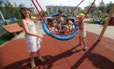 В Сейме готовят альтернативную реформу родительских пособий