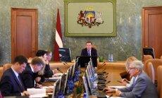 Koalīcijas partneri neprognozē amatu pārbīdes valdībā ekonomikas ministra vakances dēļ