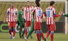 Madrides 'Atletico' pēc vēl vienas uzvaras tuvojas Spānijas čempionu titulam