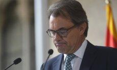 Katalonijas valdība neuzstās uz neatkarības referenduma rīkošanu 9.novembrī