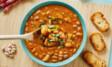 'Fiksās' zupas – aizņemtu vecāku glābiņš: 14 receptes vakariņām 30 minūtēs
