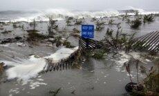'Sendijas' izraisīto palu ūdeņi Ņūdžersijas štatā pārrauj aizsargdambi