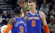 Porziņģis ar 18 punktiem palīdz 'Knicks' izbraukumā pieveikt 'Jazz' komandu