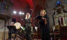 Fotoreportāža: Dievišķīgas viduslaiku melodijas ieskandina festivālu 'Ad Lucem'