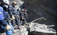 Francijas Alpos pabeigta avarējušās 'Germanwings' lidmašīnas atlūzu meklēšana