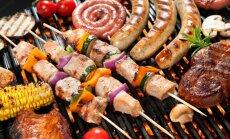Kā nesabojāt svētkus ar pārēšanos? Atbilde – apzināta ēšana