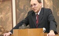 Kiršteins: Latvija nepilsoņu problēmu ir paslaucījusi pagultē