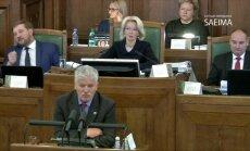 Krēsliņš oponē Platperam par 'kāpostu tīteņiem': augsto algu saņēmēji nenosaka vidējo algu