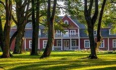 Piecas skaisti atjaunotas muižas Latvijā, kur vērts iegriezties