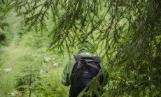 Ķeguma novadā apmaldījies vīrietis no meža izkļūst vien ar VUGD palīdzību