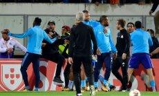 Evrā pēc spēriena līdzjutējam pametis 'Olympique' un nevarēs spēlēt UEFA turnīros